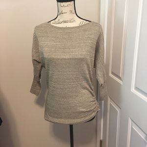 525- Express XS 3/4 length sweater